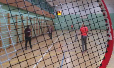 Amelia i jej badminton
