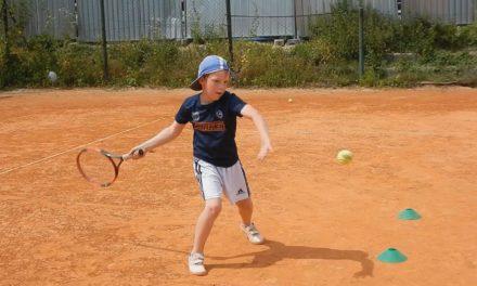 Warto grać w tenisa…